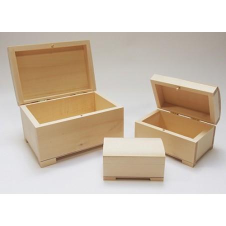 Drewniany kuferek na nóżkach mały - przedmioty z drewna do decoupage