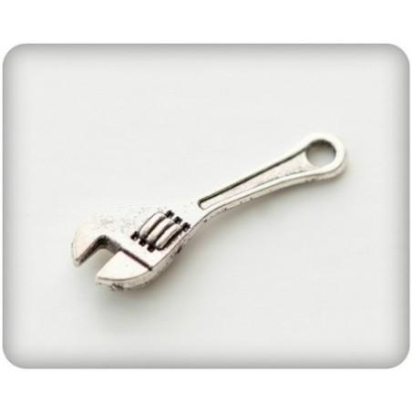 Metalowa zawieszka - klucz angielski [SCB250111036]