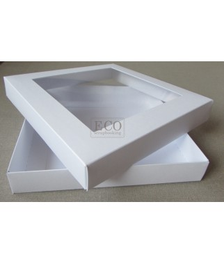 https://www.stonogi.pl/bazy-do-kartek/17942-pudelko-na-kartke-160x160x25mm-biale-z-okienkiem-eco-scrap-.html