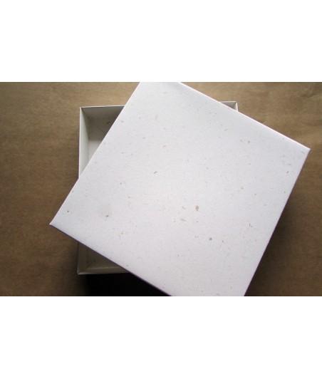 Pudełko na kartkę 160x160x25 mm - ozdobne z wtrąceniami [Eco Scrapbooking]