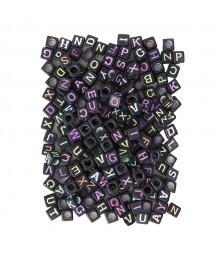 Czarne koraliki - kostki z neonowym Alfabetem