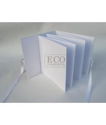 Baza albumowa do scrapbookingu harmonijka 155x155 w okładce z wiązaniem, biała