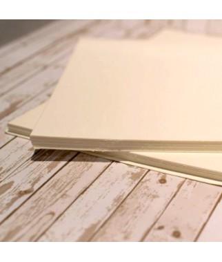 Kremowy karton 30x30 cm do scrapbookingu