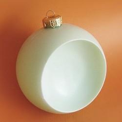Bombka plastikowa z zawieszką, kula wklęsła 9 cm